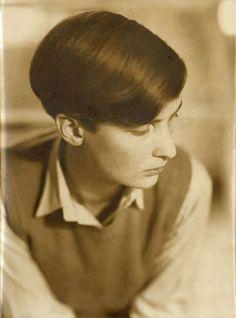 Annemarie Schwarzenbach,1930s, Photo: by Marianne Breslauer.