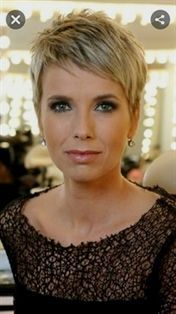 new popular short hairstyles 2019 38 - Short Pixie Haircuts Medium Thin Hair, Thin Hair Cuts, Short Hair Cuts For Women, Medium Hair Styles, Short Hair Styles Thin, Super Short Pixie Cuts, Thick Hair, Short Cuts, Very Short Haircuts