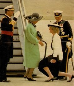 May 1986 Diana curtseys to Queen Sophia of Spain at Heathrow Airport