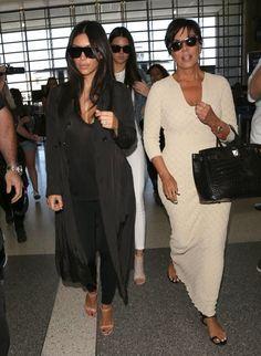 Kim Kardashian Photos - Kanye West and Kim Kardashian Spotted at LAX - Zimbio