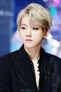 Baekhyun is so beautiful omfg