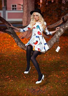 black tights with quirky 2017 print dress 2017 and fall hat Pantyhose Fashion, Pantyhose Outfits, Nylons And Pantyhose, Tights Outfit, Hot Outfits, Dress Outfits, Fashion Dresses, Thigh High Leggings, Baby Tights