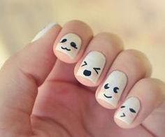 So cute! Except I would change the white to some other color to prevent it from looking like ghosts. Lol