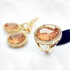 Atelier Jackeline Ferreira, Fabrica de Semi Joias. #semijoias #joias #moda #joiasdeluxo #semijoiasdeluxo #fashion #tendencia #luxo #glamour #pulseurismo #braceletes #colares #aneia #brincos #lookdodua #querotodas #temqueter #atelierjackelineferreira #goiania #design #pedrasnaturais #jewelery #brasil #belem #recife #fasaopaulo #parana