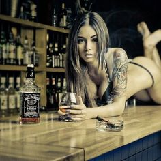 All things Jack Daniel's: Photo Jack Daniels Cocktails, Jack Daniels Whiskey, Bourbon Whiskey, Scotch Whisky, Whiskey Girl, Pinup, Gentleman Jack, Inked Girls, Cowgirls