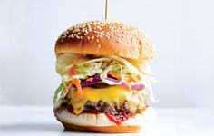 Bobby Flay's Crunch Burger with Chipotle Ketchup and Potato Chip Topping