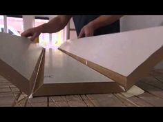 Koof met inbouwspots in je woonkamer | Praxis
