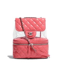 237da3fd7 The SPRING-SUMMER 2018 Handbags collection on the CHANEL official website  Bolsa Couro, Bolsas