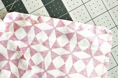 Handmade Heating/Cooling Pad | WeAllSew Sewing Machine Projects, Small Sewing Projects, Sewing Projects For Beginners, Sewing Tutorials, Sewing Crafts, Sewing Patterns, Bag Patterns, Sewing Ideas, Diy Heating Pad