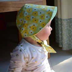 Hat Patterns To Sew, Sewing Patterns Girls, Sewing For Kids, Baby Sewing, Vintage Patterns, Baby Leggings, Bonnet Pattern, Baby Bonnets, Sewing Basics