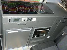 Galley cabinetry in Tom Zwilling's Mercedes Sprinter 316CDI camper van, from the German Sprinter Forum.