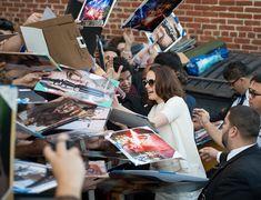 Daisy Ridley signs autographs