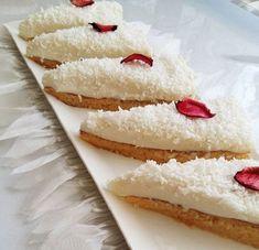 Misafirlerinize ikram etmek için hem hafif hemde lezzetli olan bu Gelin Pastasından yapabilirsiniz.