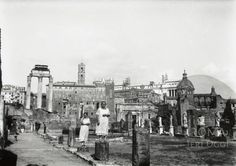 Visita ai Fori 1908 Old Photographs, Old Photos, Paris Skyline, Rome, Italy, Antiques, Places, Painting, Travel