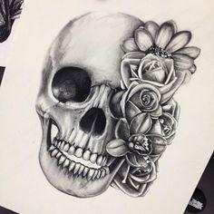 Tattoo : Tête de mort fleuries