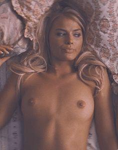 Female movie stars having sex