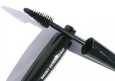 Make Up For Ever Smoky Extravagant Mascara – Photos, Swatches, and Review