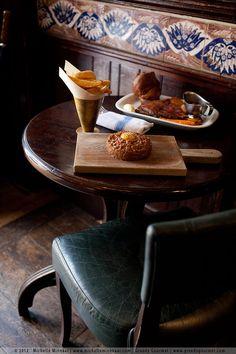 London - Fox & Anchor pub in Clerkenwell.