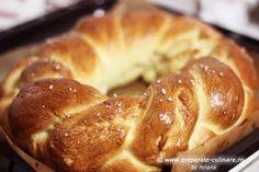 Braided bread (romanian moldavian recipe) Braided Bread, My Recipes, Braids, Food, Bang Braids, Braid Hairstyles, Braid Out, Twists, Hair Weaves