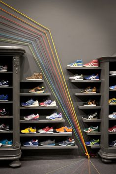 Titelheld sneaker shop hamburg germany for Schuhschrank jordan design