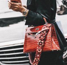 Saudi designer Razan  Fashion  Fashionista  Skirt  Look  Style  embroidery Chanel  Street style  Street style   Hermes