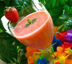 Smoothie aux fraises et banane Strawberry Smoothie, Milkshake, Popsicles, Cantaloupe, Watermelon, Brunch, Health Fitness, Fruit, Cocktails