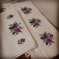 Shabby Chic, Art, Homemade Decorations, Stitch Patterns, Bath Towels & Washcloths, Cross Stitch Patterns, Cross Stitch Embroidery, Dots, Art Background