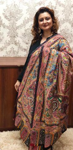 Shawls, Sari, Fashion, Saree, Moda, Fashion Styles, Fashion Illustrations, Saris, Sari Dress