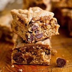 Almond Butter-Quinoa Blondies Recipe--  These are SO delicious (and gluten free).