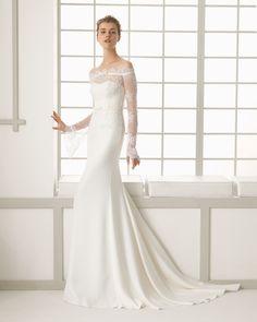 DAVINA vestido de novia en crep.