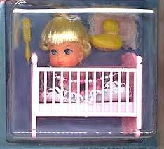 Liddle Kiddles! I had many of these along with a house of some sort. I can specifically remember having Bunson Burnie, Liddle Diddle, Lola Liddle and Florence Niddle. Memories.