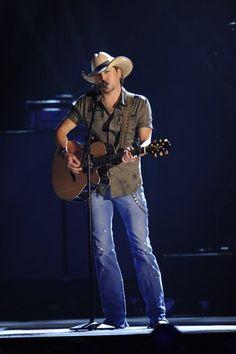 jason aldean. country boy <3