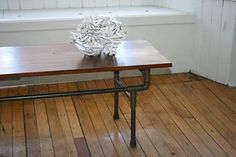 DIY plumbing pipe furniture. Goes with the bookcase! http://pinterest.com/pin/214413632229062245/