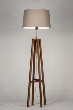 Apropiada para LED . Lámpara de pie/ lámpara sala de estar / iluminación interior / lámpara de dormitorio . Haga clic en este enlace . tienda online : : www.zoxx.es E-mail: info@zoxx.es . Sin gastos de envío