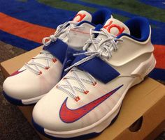 the best attitude 70f2e e7936 Here is a look at a pair of Nike KD 7 Florida Gators PE Sneakers, you can  make yourself a similar pair now HERE . Florida GatorsScarpe Da Ginnastica  Nike