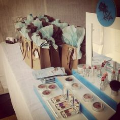 Lipsi Cosmetics Display and Bags
