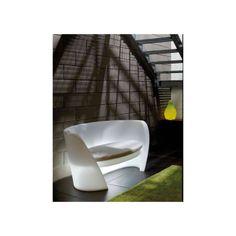 SLIDE Sofá exterior Rap Diseño: Karim Rashid. Cómodo y original sofá Rap para exterior. Estilo moderno a elegir entre varios colores o incluso con luz.