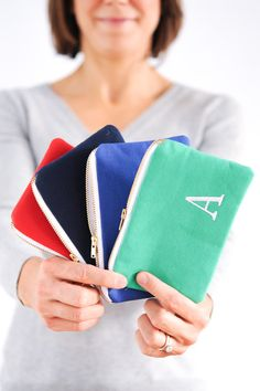 Carry yourself uniquely with our smallest zipper pouches - perfect as a fashionable accompaniment to your full-sized Lucy Jane tote.  Ideal for keeping loose i