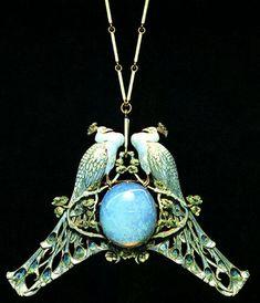 R Lalique - Pendente di collana in oro e smalto - 1902-3