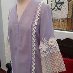 Beautiful Dress Designs, Stylish Dress Designs, Pakistani Fashion Party Wear, Indian Fashion Dresses, Simple Pakistani Dresses, Pakistani Dress Design, Sleeves Designs For Dresses, Dress Neck Designs, Fancy Dress Design