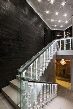 Лестницы в ночных клубах книжный клуб гиперион москва