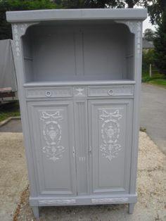 petite meuble années 30 de style Louis XVI patiné gustavien