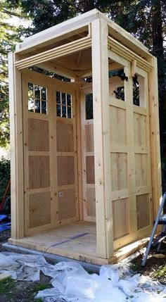 How to build your own tardis doctor who doctor who pinterest selber bauen filmzitate - Tardis selber bauen ...