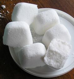 will definitely try this since our new house has a dishwasher. Can't wait! http://christinescozycorner.ca/dishwasher-detergent-tabs/ Dishwasher Soap Tabs Recipe