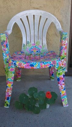 Modge podged a patio chair. Halfway finished Modge podged a patio chair. Decoupage Furniture, Funky Furniture, Refurbished Furniture, Colorful Furniture, Patio Furniture Makeover, Furniture Repair, Chair Makeover, Whimsical Painted Furniture, Hand Painted Furniture