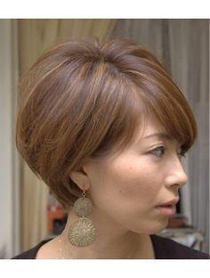 Asia(aJyu) clear UP natural short Asymmetrical Bob Haircuts, Short Bob Haircuts, Cute Hairstyles For Short Hair, Short Hair Cuts, Short Hair Styles, Older Women Hairstyles, Hair Upstyles, Corte Bob, One Hair