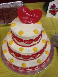 http://freshcakesbyrita.com/cake-photo-gallery