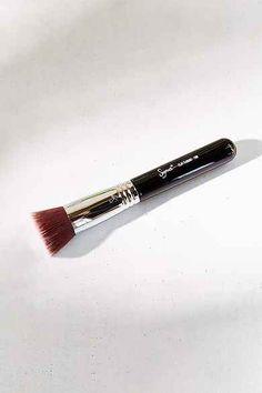 Sigma Beauty F-80 Flat Kabuki Brush
