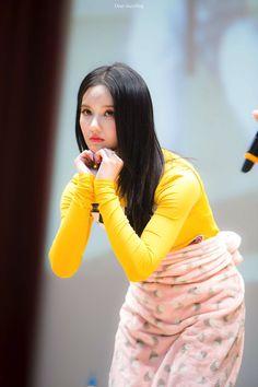 181116 합정 팬싸인회 #구구단 #gugudan #샐리 #SALLY #刘些宁 @gu9udan Pop Group, Girl Group, Jellyfish Entertainment, Sally, Korean Music, Softies, Smooth, Babies, Kpop