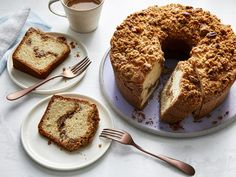 """Meet your new coffee cake recipe. It's perfect for your book club, that new mom next door, or a holiday brunch.Great coffee cakes are a thing of beauty. File them under """"No-Fuss Comfort Desserts."""" A little mixing, a little pouring. a lot of … Food Cakes, Cupcake Cakes, Cupcakes, Bundt Cakes, Crumb Cakes, Cake Recipes, Dessert Recipes, Brunch Recipes, Brunch Ideas"""